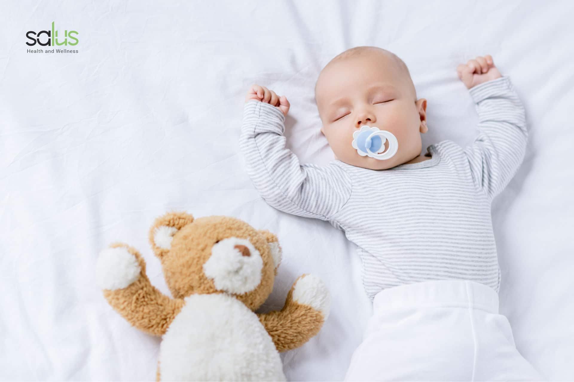 salus-blog-ciuccio-neonato-pro-e-contro