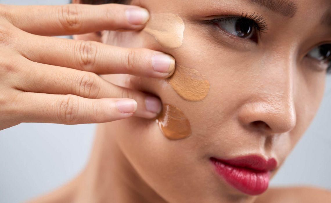 Salus blog - il fondotinta fa male alla pelle